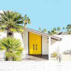 21 Model Pintu Rumah Warna Cerah